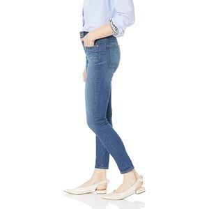 🍁 J. Crew medium wash stretch skinny jeans